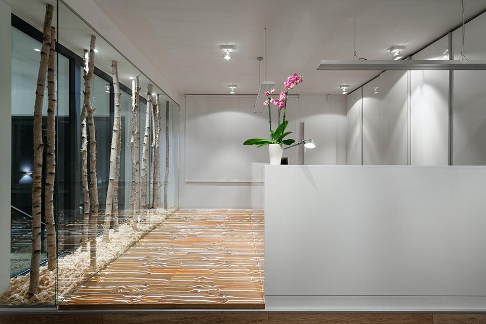 miracle wood empfangsbereiche mit wow effekt. Black Bedroom Furniture Sets. Home Design Ideas